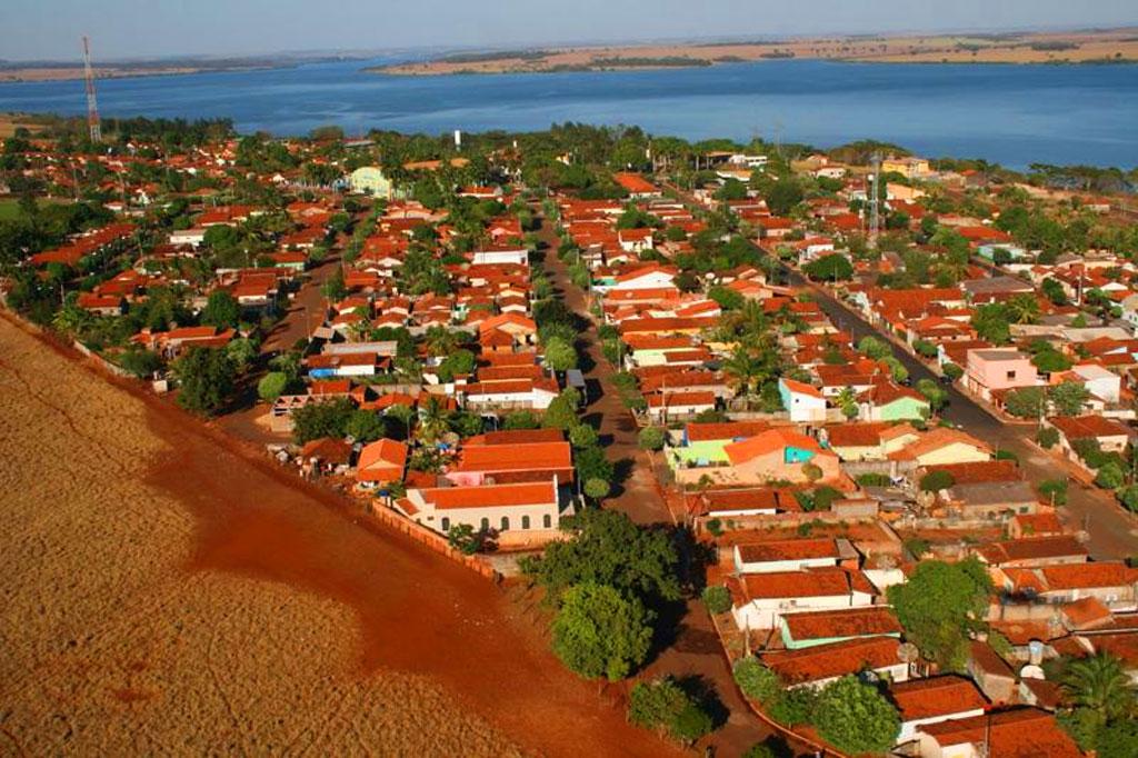 Cachoeira Dourada Minas Gerais fonte: www.achetudoeregiao.com.br